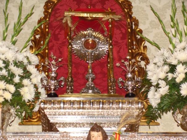 Sevilla-Corpus 2011 017[2]