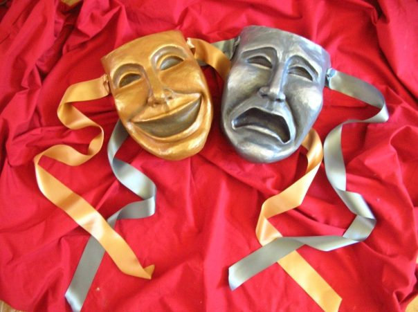 mascaras-del-teatro-carta-pesta-4538-MLA3676961727_012013-F[1]