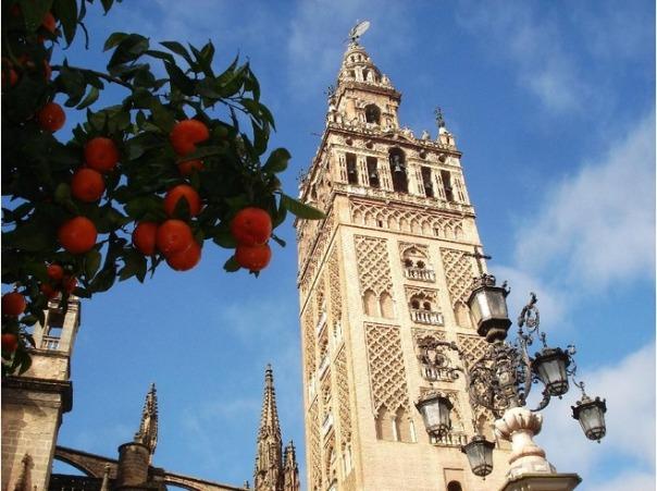4373318-Beautiful_Seville_Sevilla[1]